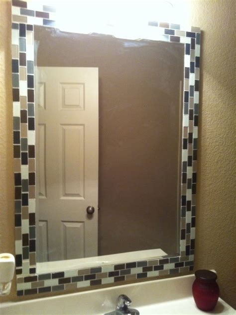 How To Decorate A Bathroom Mirror by Best 25 Tile Mirror Frames Ideas On Tile