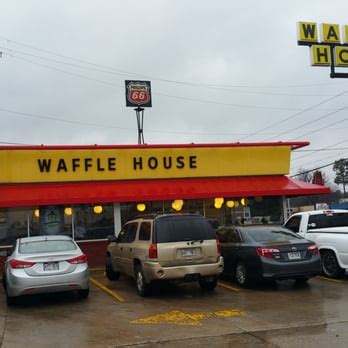 waffle house little rock waffle house 17 photos 10 reviews diners 8107 geyer springs rd little rock