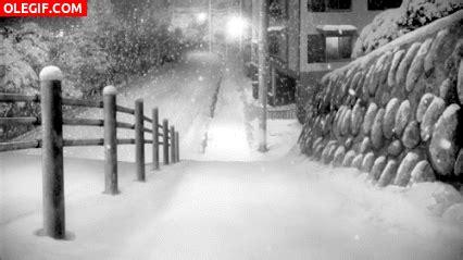 imagenes gif invierno gif nieva en una noche de invierno gif 2732