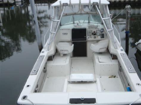 pursuit  tiara power    boats  sale