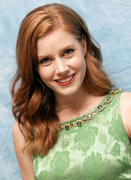actresses with short red hair list red hair actress amy adams with side bangs png