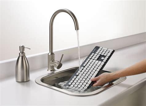 Keyboard Logitech K310 logitech s washable keyboard k310 doesn t mind a scrubbin hits shelves this month for 40