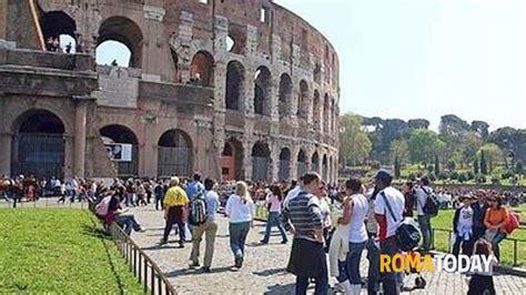 tassa di soggiorno roma la tassa di soggiorno per i turisti 232 stata approvata