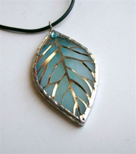 how to make glass jewelry 40 stained glass and jewelry ideas