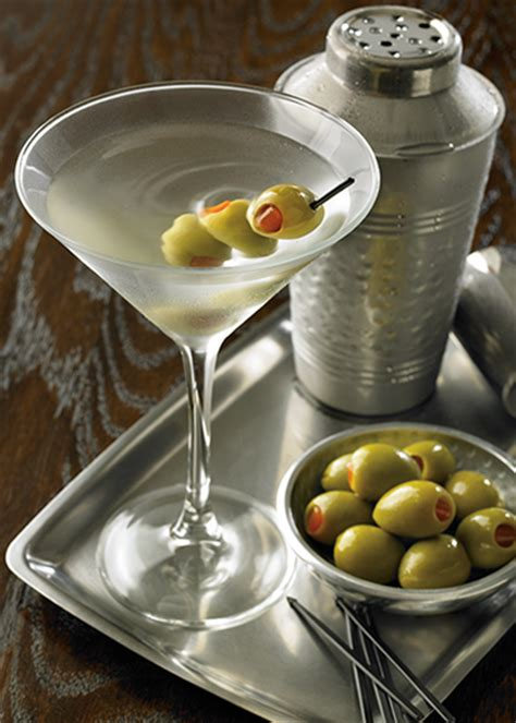 sapphire martini up with olives paul s three favorite gin cocktails for