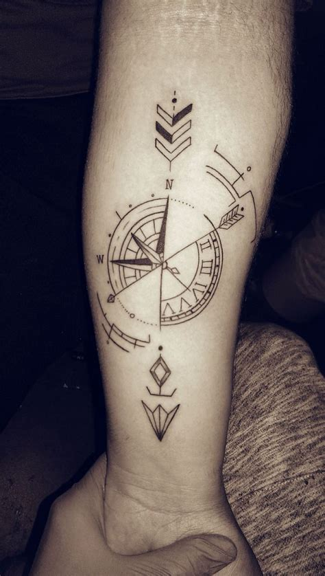 arrow compass tattoo rosadelviento flechas tintas piercing