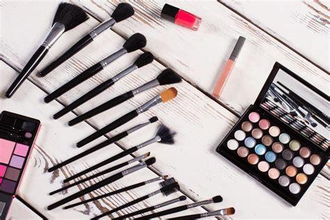 Ketahui 5 Merek Penggemuk 4 merek make up dan skin care yang cocok buat kulit