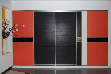 3 Panel Sliding Closet Doors New 3 Panel Sliding Closet Doors Buzzardfilm Hide 3 Panel Sliding Closet Doors In A
