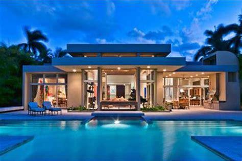 Kitchen Island On Sale Villa In Miami Beach A V E N O