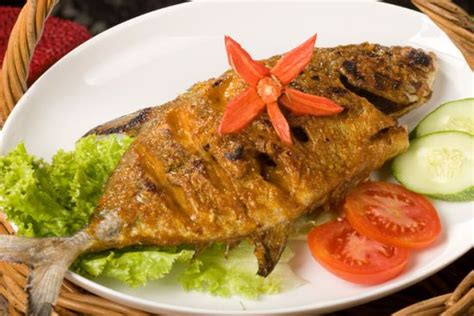 resep   membuat masakan ikan laut yg pedas
