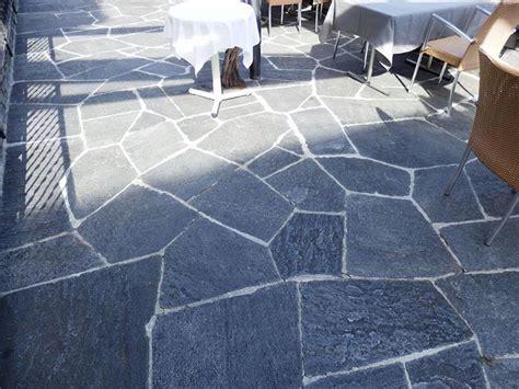 mosaici da pavimento mosaico in pietra naturale per pavimenti da esterno posa