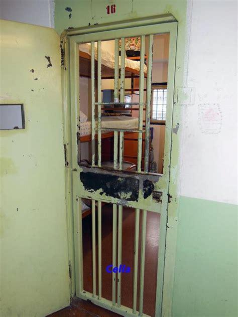 casa circondariale opera 40 agenti in fuga da carcere taranto cronaca ansa it
