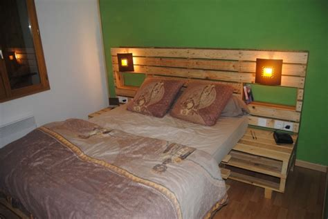 Pallet Headboard Plans by Pallet Bed Headboard With Shelves Pallet Ideas Recycled