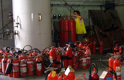 Pengisian Alat Pemadam Kebakaran Pengisian Ulang Refill Alat Pemadam Kebakaran Api