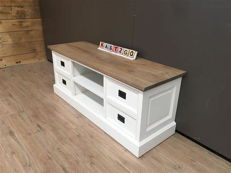 tv dressoir finn tv meubel finn wit eiken 135 kast2go
