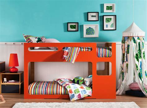 Low Bunk Beds by A Modern Low To The Ground Bunk Bed We Ve Found It