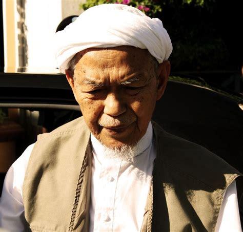 Kehidupan Sebelum Dan Sesudah Kematian Syekh Abdurrahim Bin Ahmad Q mencari jalan pulang awas amaran tanah kubur kepada manusia