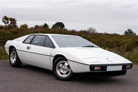 electronic throttle control 2000 lotus esprit windshield wipe control service manual s1 lotus esprit restoration restoring the lotus esprit s1 rear hub carriers