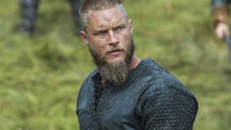 ragnar lothbrook actor travis fimmel the quot vikings quot star will helm the warcraft film