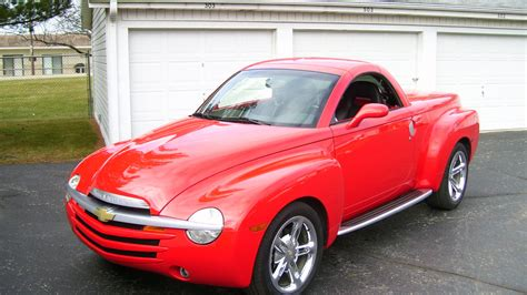 service manual install thermostat in a 2004 chevrolet ssr chevrolet ssr 2004 vehiclefor me