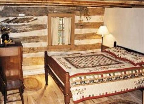 Ohio Cabin Bed by The Cabin At Sassafras Knoll Bed Breakfast Wooster