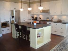 Islands In Kitchens Vintage Style Kitchen Kitchen Islands And Kitchen Carts