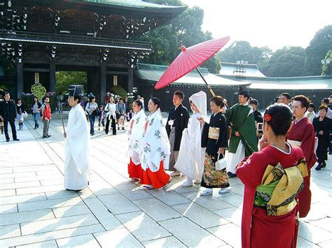 shinto traditional japanese wedding ceremony azafran wellbeing
