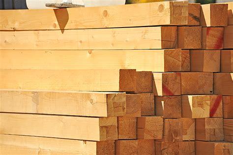 le holzbalken le bois massif dans la construction bois expertise