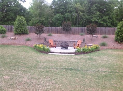 sitting area backyard
