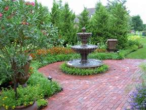 Front Yard Patios Residential Landscape Design By Rosehill Gardens In Kansas