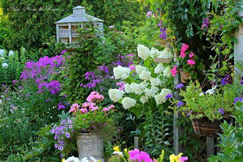aiken house gardens summer garden favorites