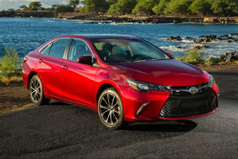 The Price Of Toyota Camry The 2017 Toyota Camry Gains More Standard Features But No
