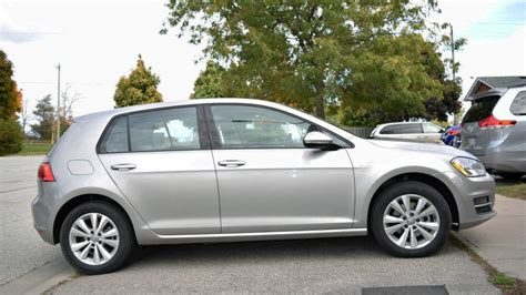 Vw Golf Comfort by Vw Golf Offers Comfort In A Reliable Hatch Wheels Ca