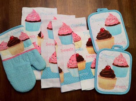 7 cupcake kitchen dish towels set with pot