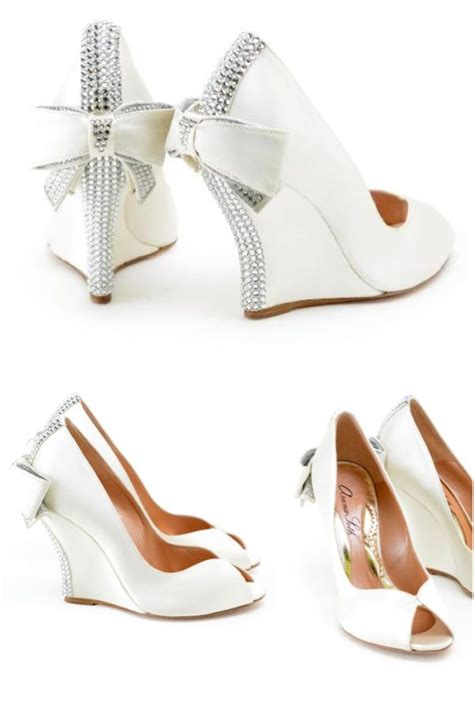Wedding Dress Shoes Wedges by 25 Best Ideas About Wedge Wedding Shoes On