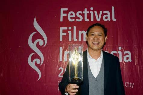 film posesif sutradara sutradara edwin akan filmkan buku eka kurniawan seleb