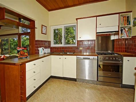 Kitchen Design Layout Ideas L Shaped by Remodeling A Very Small L Shaped Kitchen Design My