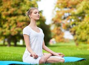 Lotus Pose How To Do Lotus Pose And What Are Its Benefits Padmasana N Lesson