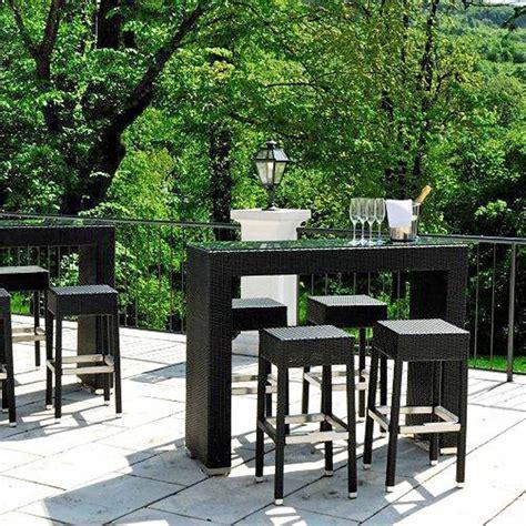 tavolo con sgabelli ar bt2 per bar e ristoranti tavolo alto per bar e