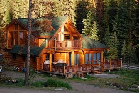 big cabin cabin big cabin house