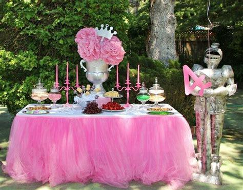 Decoration Gateau Anniversaire by Anniversaire Theme Princesse Disney Decoration De Buffet