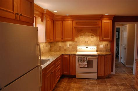 Kitchens With Maple Cabinets by Maple Cabinets Granite Countertops 171 Maloney Contracting