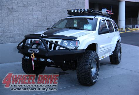 sema jeep grand cherokee 2009 sema show white jeep grand cherokee wj