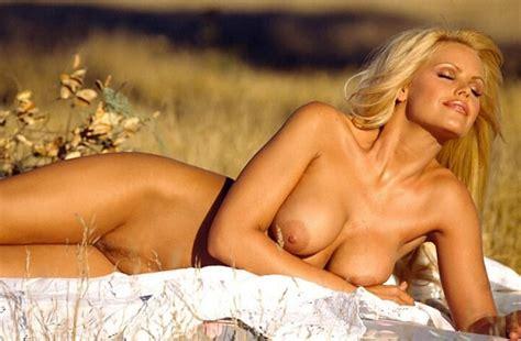 Topless E Nudi Famosi Quot G Quot