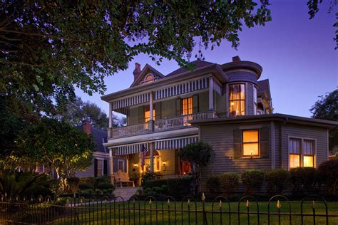 bed and breakfast natchez ms guide to 45 historic natchez ms bed and breakfast properties