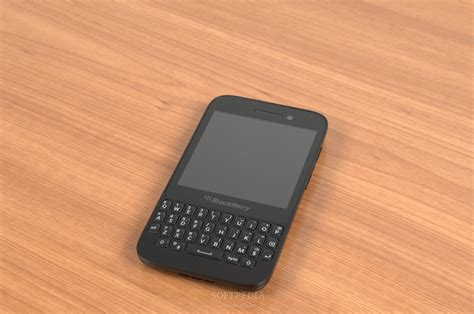 themes blackberry q5 blackberry q5 gets major discount in india on sale for rs