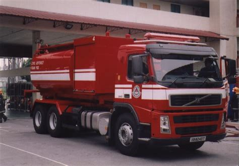 fire engines  singapore pm volvo fm