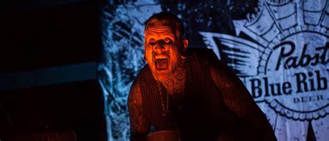 houses october built sequel set  september release frightday