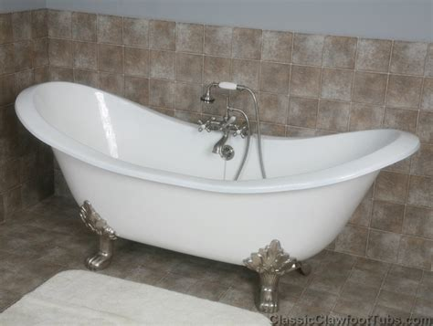 claw footed bathtubs 71 quot cast iron double ended slipper clawfoot tub w lions