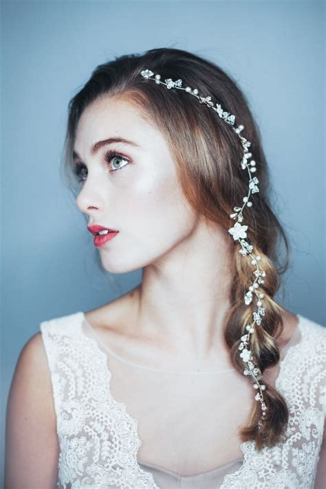Wedding Hairstyles With Single Braids by 2017 Wedding Hair Trends The Wedding Community